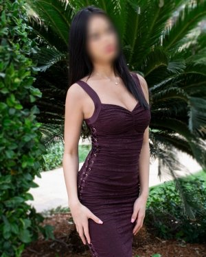 Messaouda milf live escort in Galion