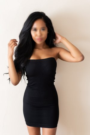 Azelle escorts in Silver Spring