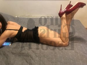 Anesie live escort in Queens NY